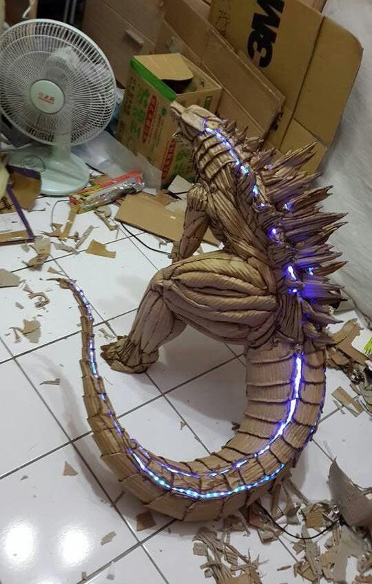 funny-cardboard-Godzilla-sculpture-lights