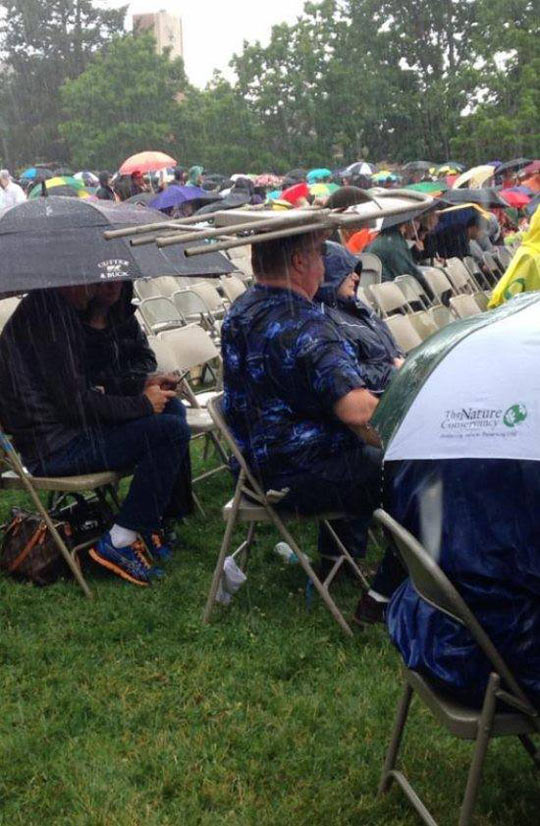 funny-ceremony-chair-hat-rain