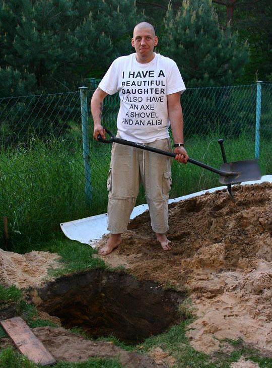 funny-father-shovel-shirt-alibi