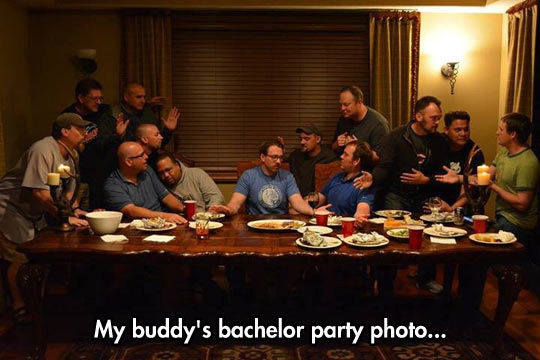 funny-last-supper-recreation-friends