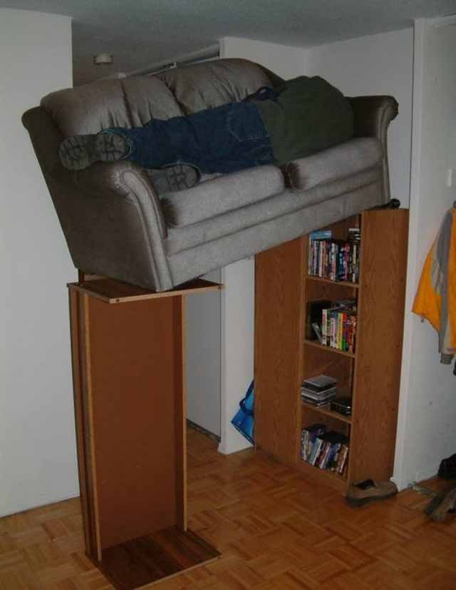 funny-people-passed-out-couches