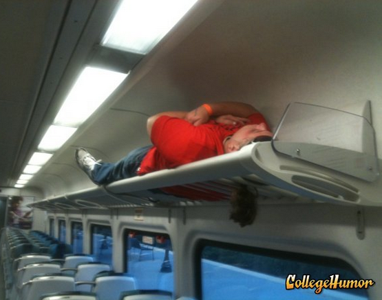 funny-people-passed-out-train