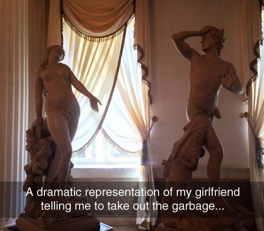 funny-statue-representation-garbage