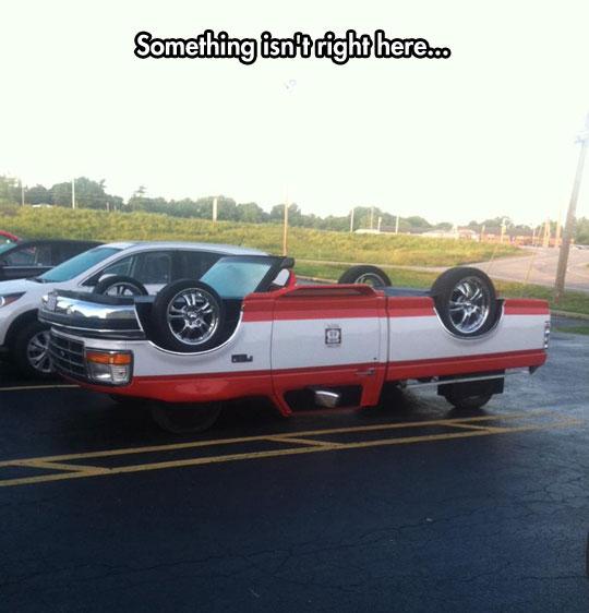funny-upside-down-car-mod