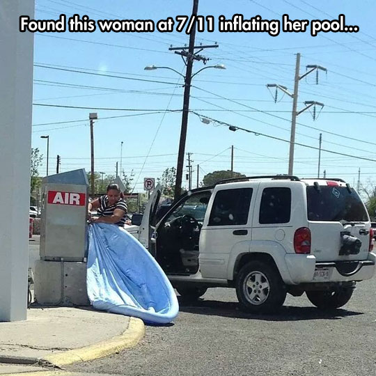 funny-woman-inflating-pool-street