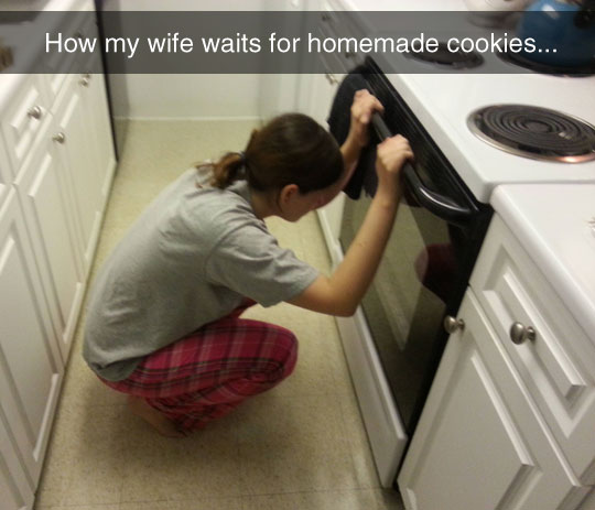 funny-woman-waiting-cookies-oven