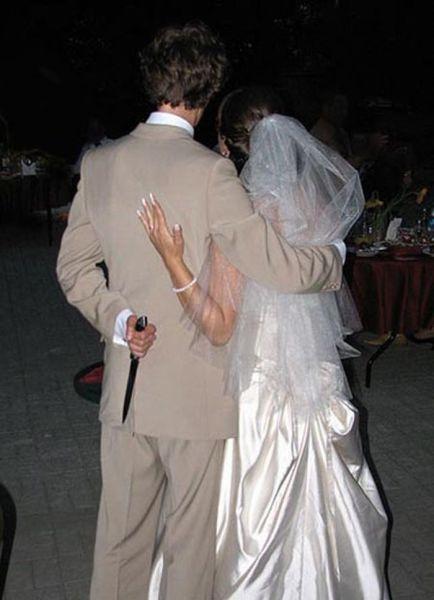 ridiculous_and_funny_wedding_photos_640_05