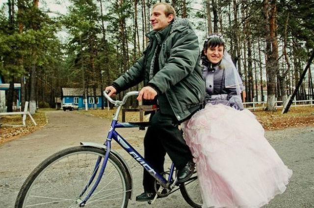 ridiculous_and_funny_wedding_photos_640_31