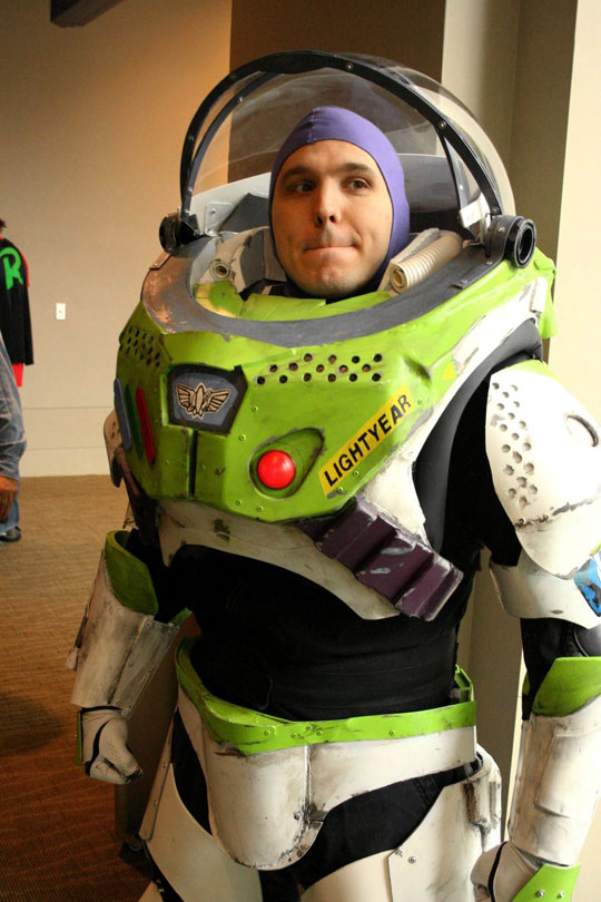 cool-Buzz-Lightyear-cosplay-realistic