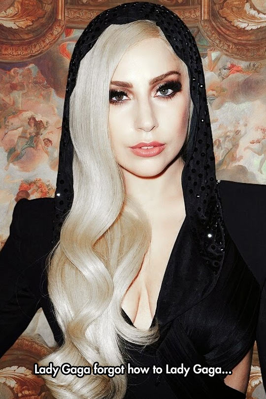 So thats what she looks like! Lady Gaga reveals her face