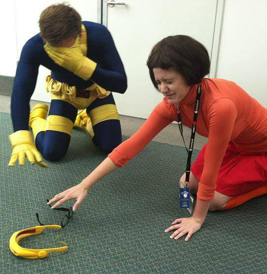 funny-Cyclops-Daphne-glasses-blind