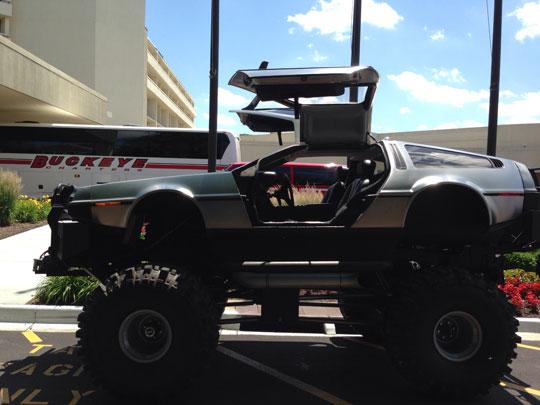 funny-DeLorean-monster-truck