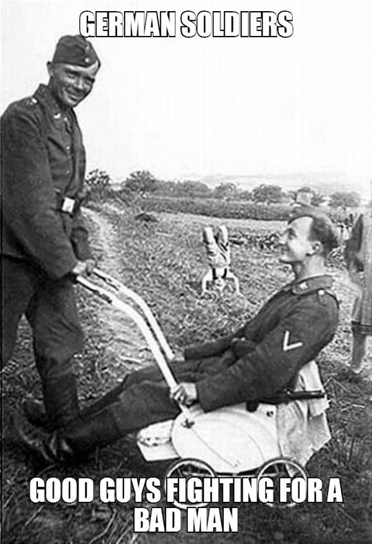 funny-German-soldiers-playing-WWII