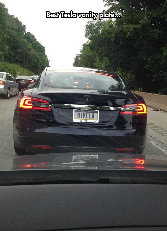 funny-car-Tesla-vanity-plate