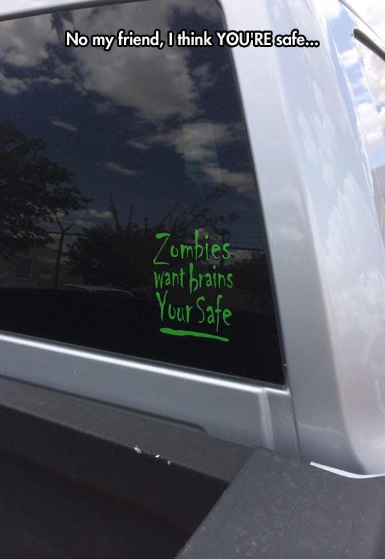 funny-car-sticker-zombie-attack