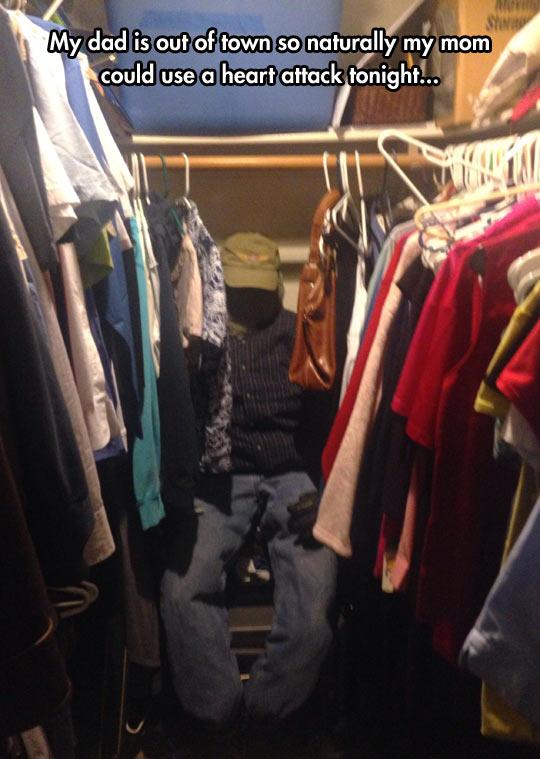 funny-closet-clothing-scary-man