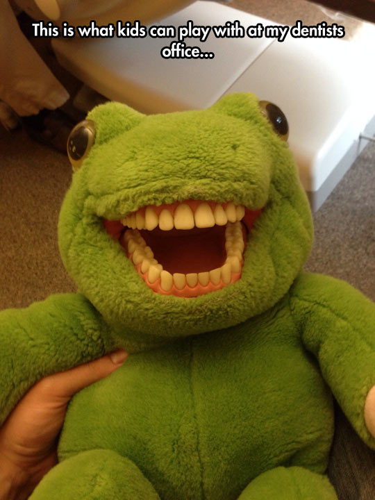 funny-dentist-office-toad-toy-teeth