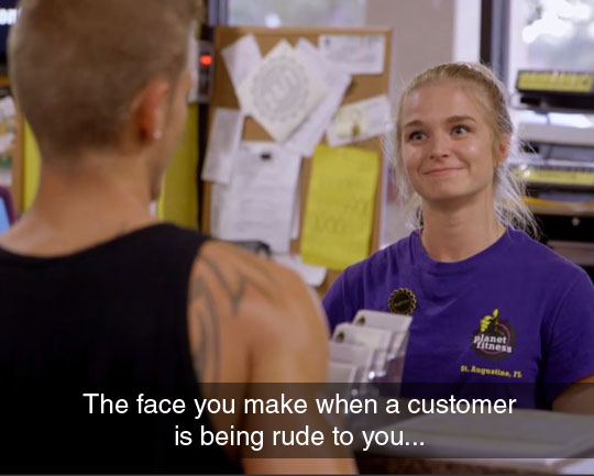 funny-face-girl-gym-rude-customer