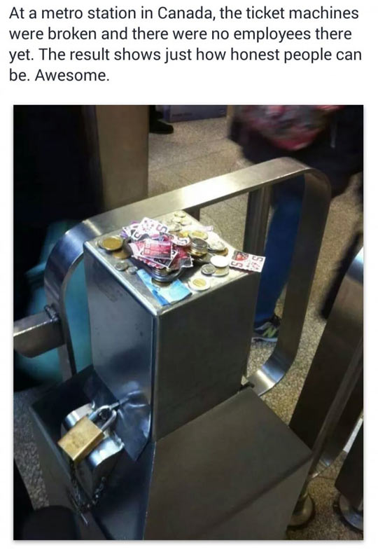 funny-metro-station-Canada-money-honest