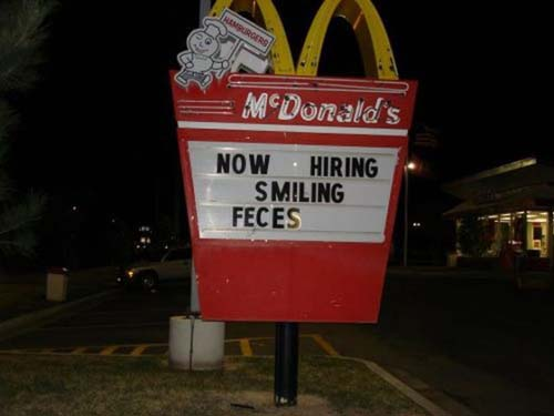 funny-typo-smiling-feces