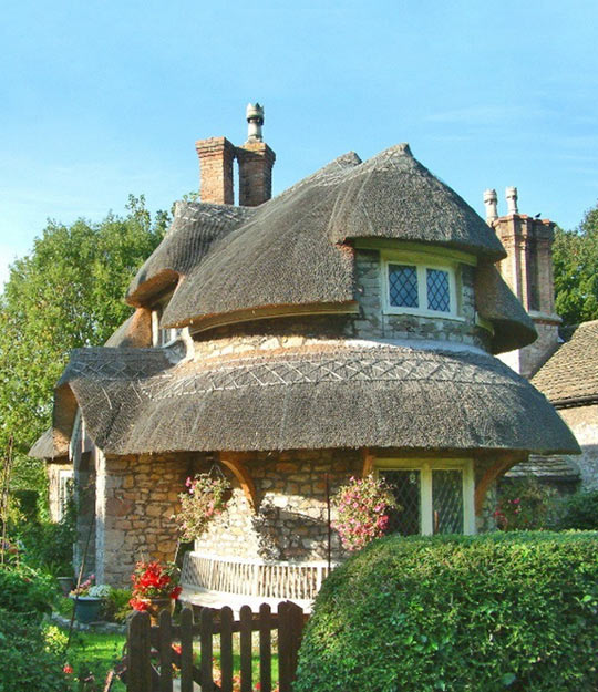 Pretty English Thatched House