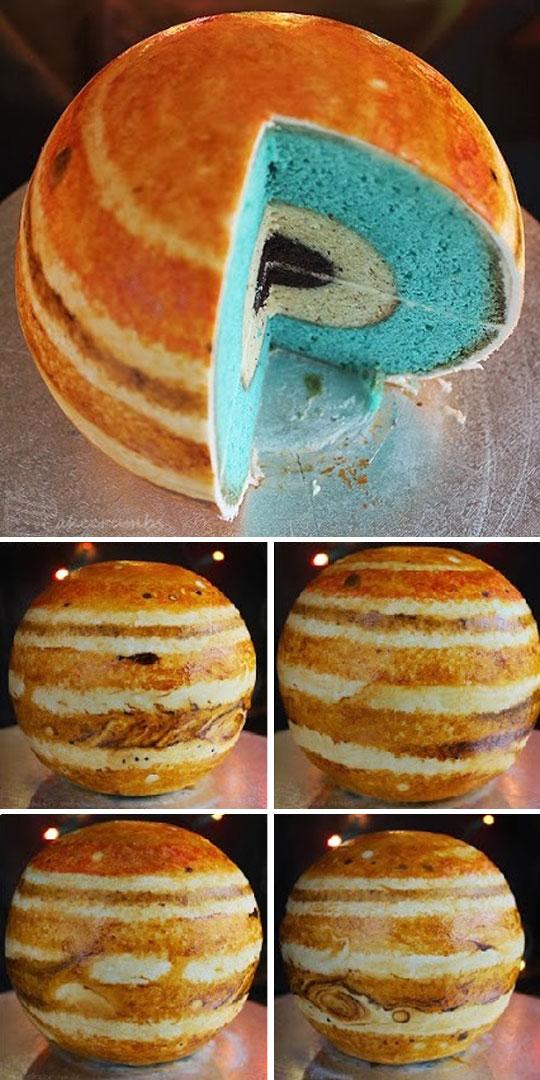 The Incredible Jupiter Cake