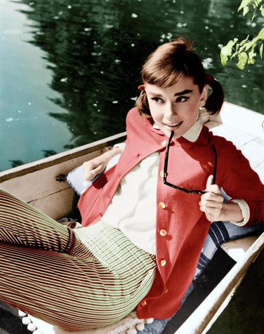 funny-Audrey-Hepburn-actress-boat