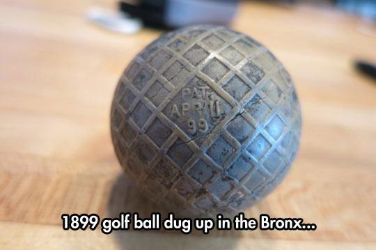 funny-ball-metal-old-golf