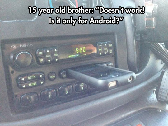 funny-cassette-player-car-iPhone