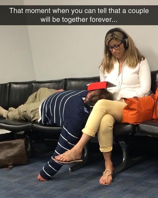 funny-couple-waiting-woman-watching-iPad