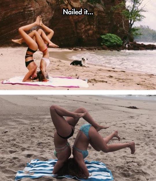funny-girls-beach-pose-trick