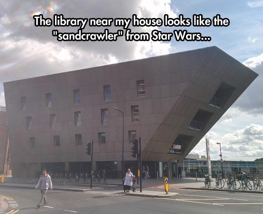 funny-library-looks-like-Sandcrawler-Star-Wars