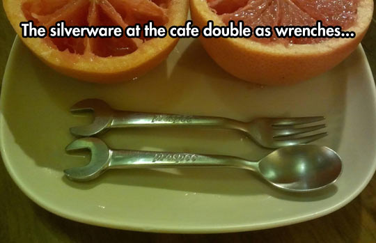 funny-silverware-fork-spoon-cafe