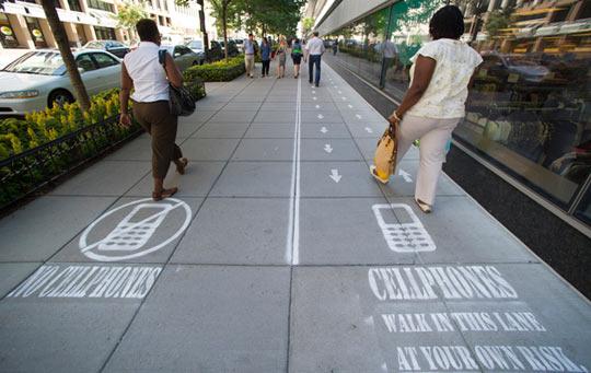 funny-street-phone-sign-Washington