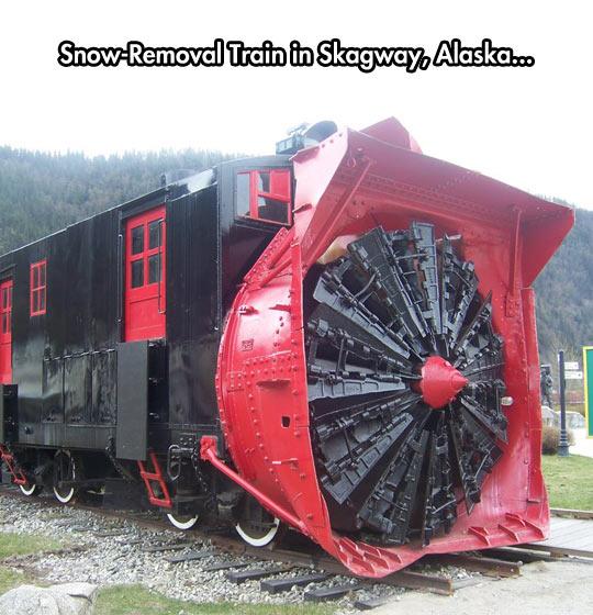 funny-train-snow-removal-Alaska