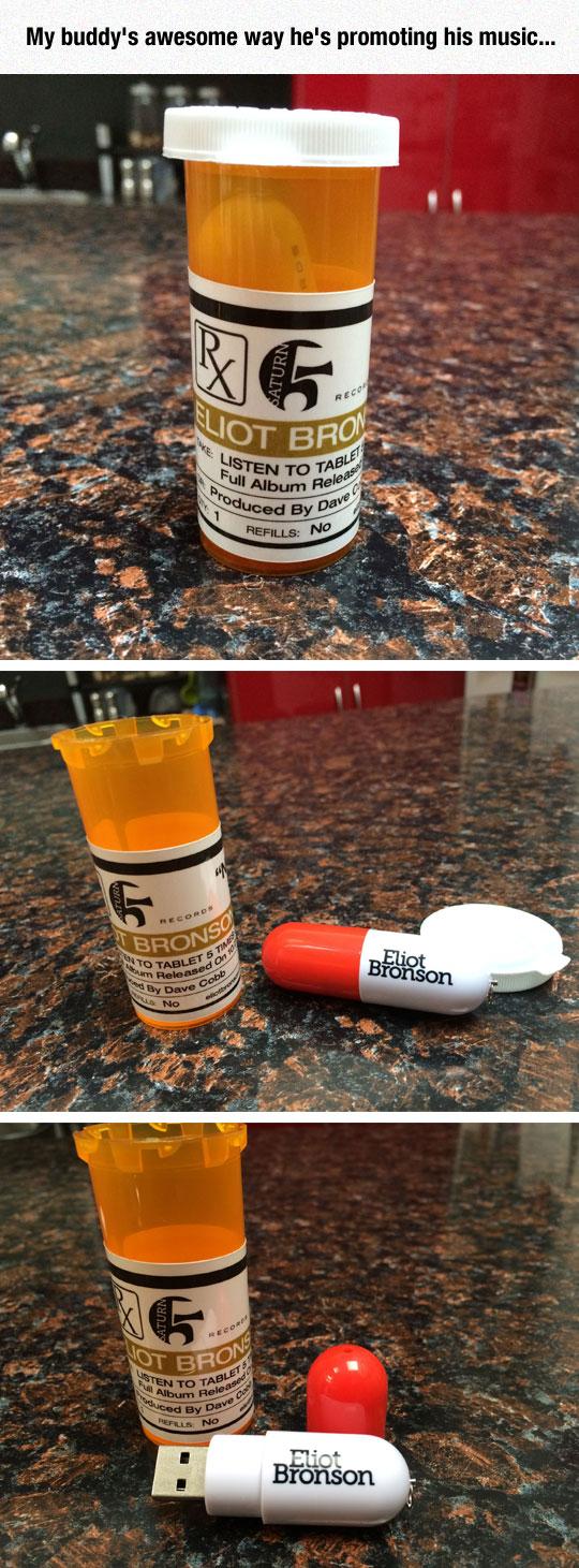 cool-USB-music-pill