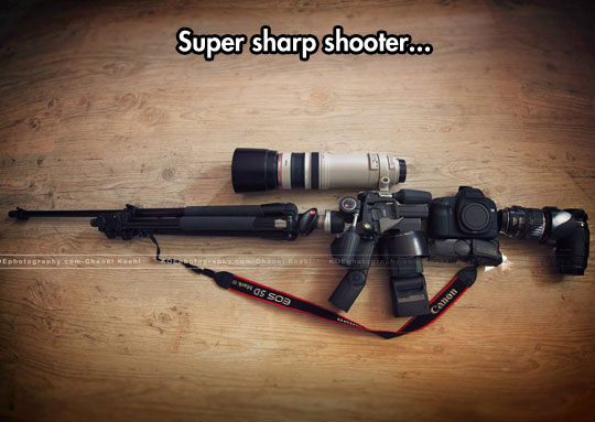 cool-camera-Canon-weapon-flash-lens