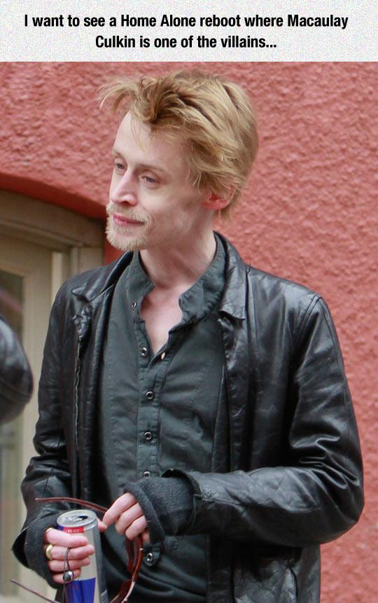 funny-Macaulay-Culkin-villain-street
