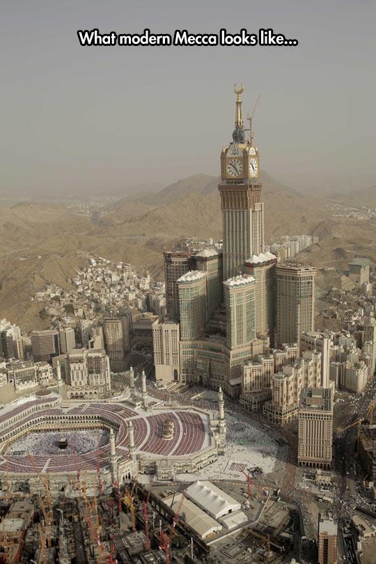 funny-Mecca-city-desert-building