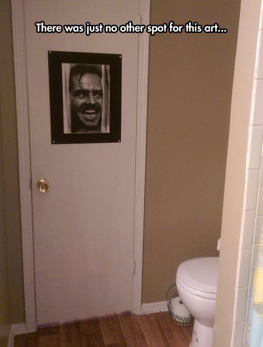funny-Shining-frame-bathroom-Jack