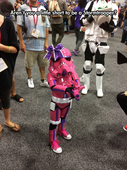 funny-Stormtrooper-cosplay-little-girl