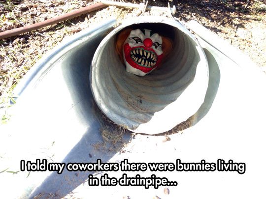 funny-coworkers-drainpipe-clown-mask