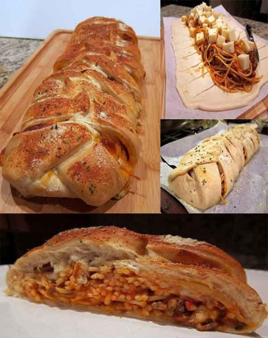 Spaghetti With Cheese Bread