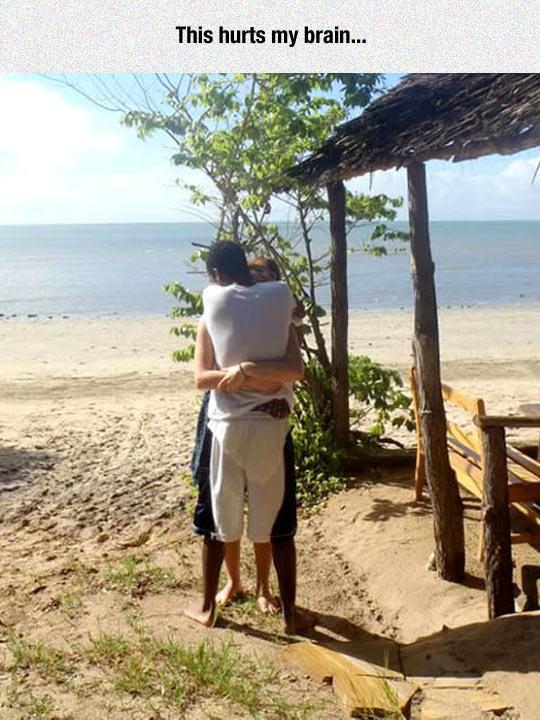 funny-girl-man-hug-beach