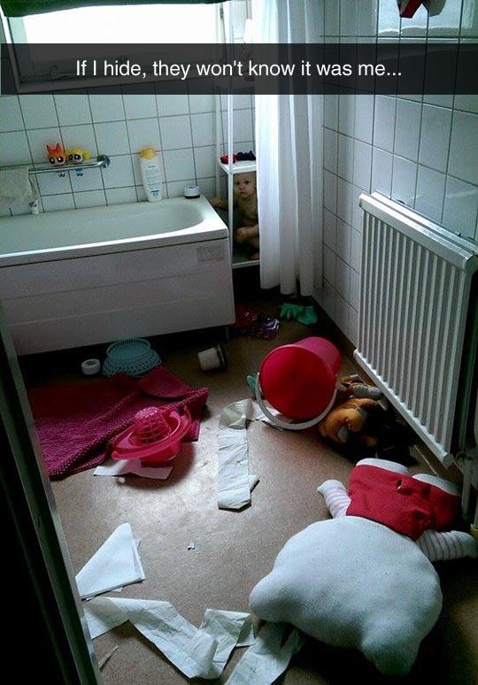 funny-kid-bathroom-hide-mess