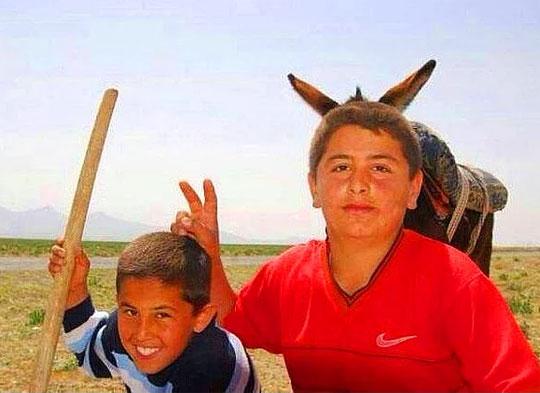 funny-kids-horns-donkey-ears