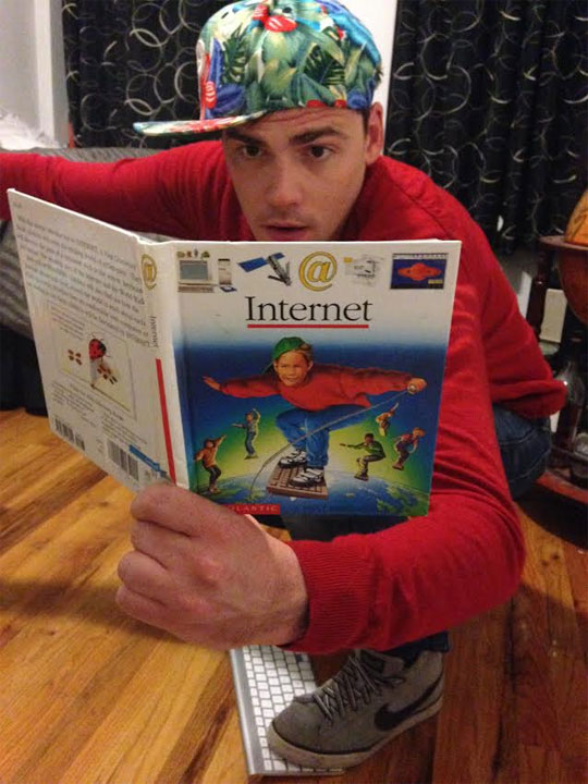 funny-old-book-internet-costume