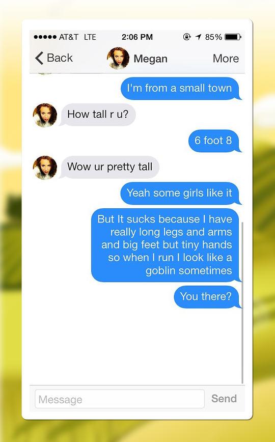 funny-phone-conversation-tall-goblin