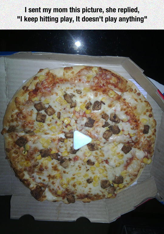 funny-pizza-play-button-mom