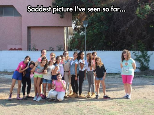 sad-lonely-girl-group-photo